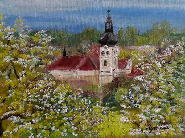 hořický kostelík v květu