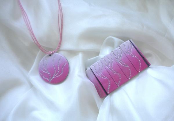 náhrdelník a náramek