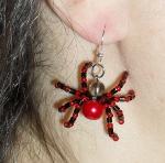 naušnice-pavouček červenočerný